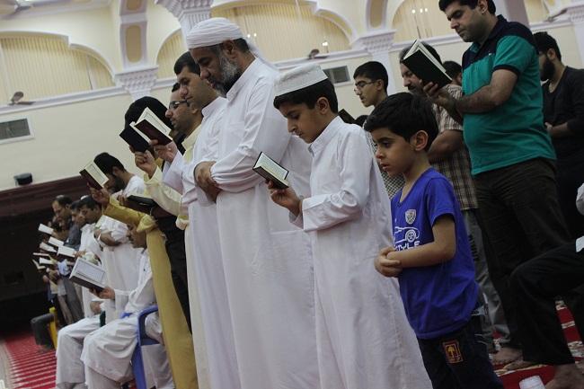 اقامه نماز قیام در شهر بستک + تصاویر