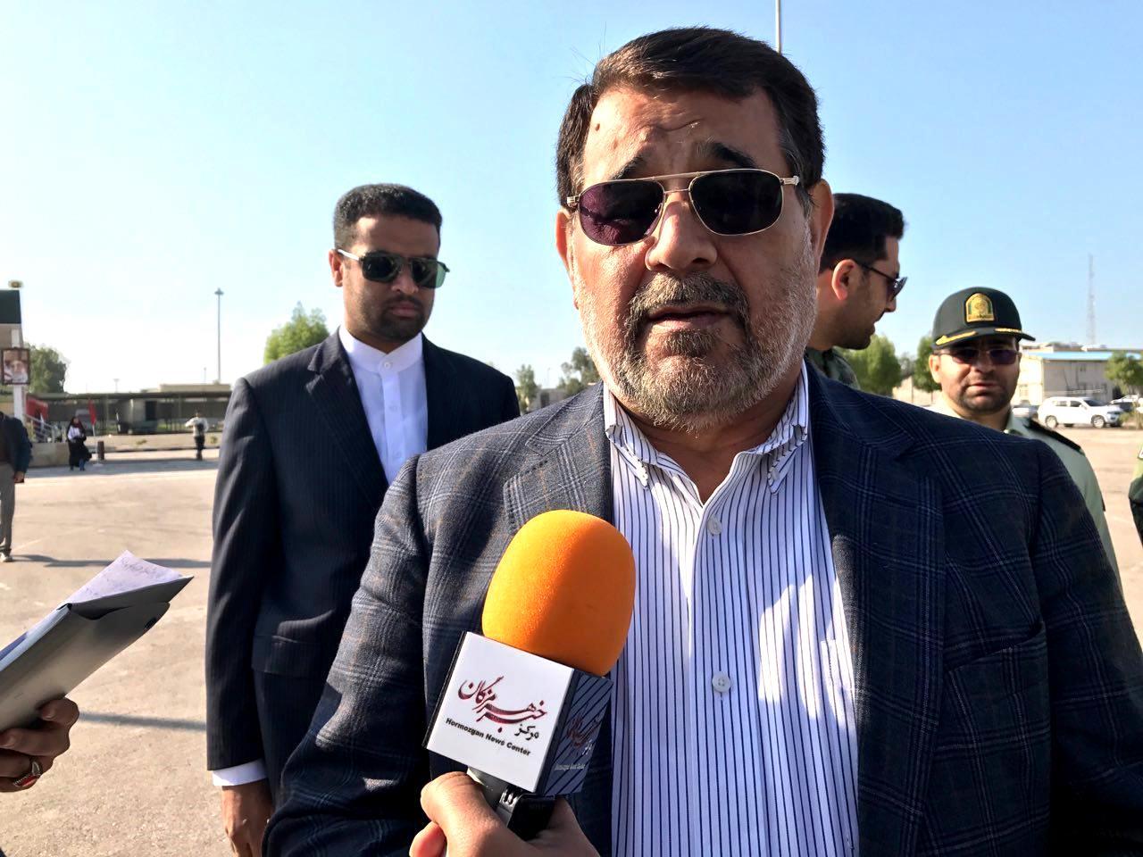استاندار هرمزگان اعلام کرد: پیگیری حقوقی اظهارات مرادی/ سه نماینده دیگر با استاندار هستند
