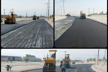 آغاز عملیات آسفالت یک لاین از بلوار ورودی جناح/خط کشیها، نصب علائم، تابلوها و اصلاح شانه خاکی جاده ها مدنظر قرار گرفته است