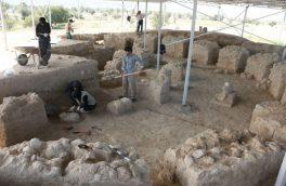 کشف محوطه دوران پیش از تاریخ در شهرستان بستک