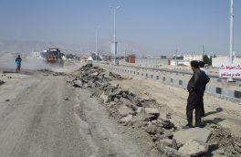 عملیات اجرایی تخریب آسفالت فرسوده و زیرسازی بلوارامام خمینی(ره) شهرجناح آغاز شد
