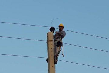 خسارت بیش از ۶۰۰  میلیون ریال به تاسیسات برق شهرستان بستک طی طوفان چند روز گذشته