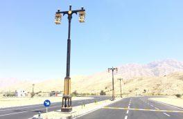 نصب پایه چراغ های بلوار حافظ با طراحی ویژه و با نمادی از معماری اصیل بستکی