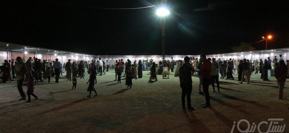 نمایشگاه مواد غذایی و صنایع دستی دهتل در حمایت از دانش آموزان بی بضاعت