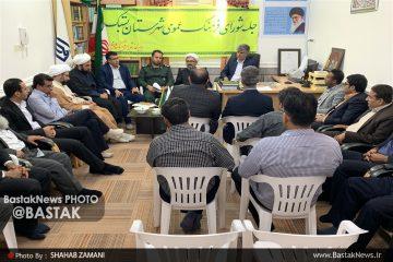 دفاع مقدس با انقلاب اسلامی و انقلاب عاشورایی امام حسین (ع) پیوند خورده است