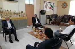 نشست سرپرست اداره گاز با مدیر آموزش و پرورش شهرستان بستک به مناسبت روز معلم